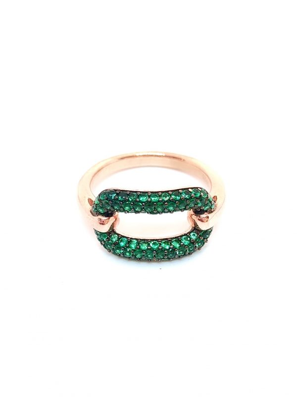 Green chain link ring